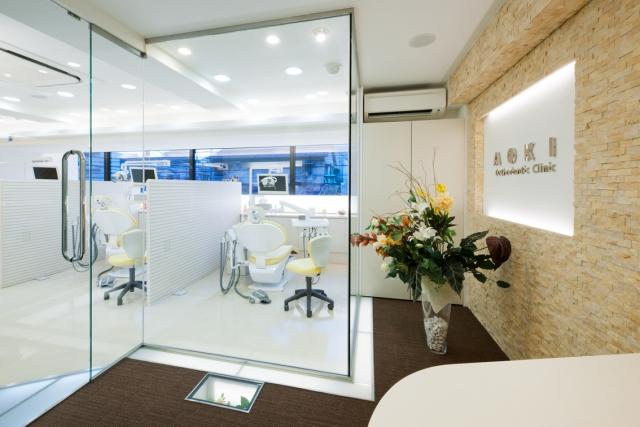 こどもの矯正について 大人の矯正について 矯正治療の流れ 矯正治療の流... 歯医者 / 横浜市